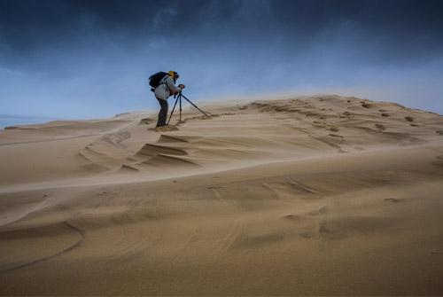 Jean-Philippe Bellon sur la Dune du Pilat lors des tempêtes de 2018