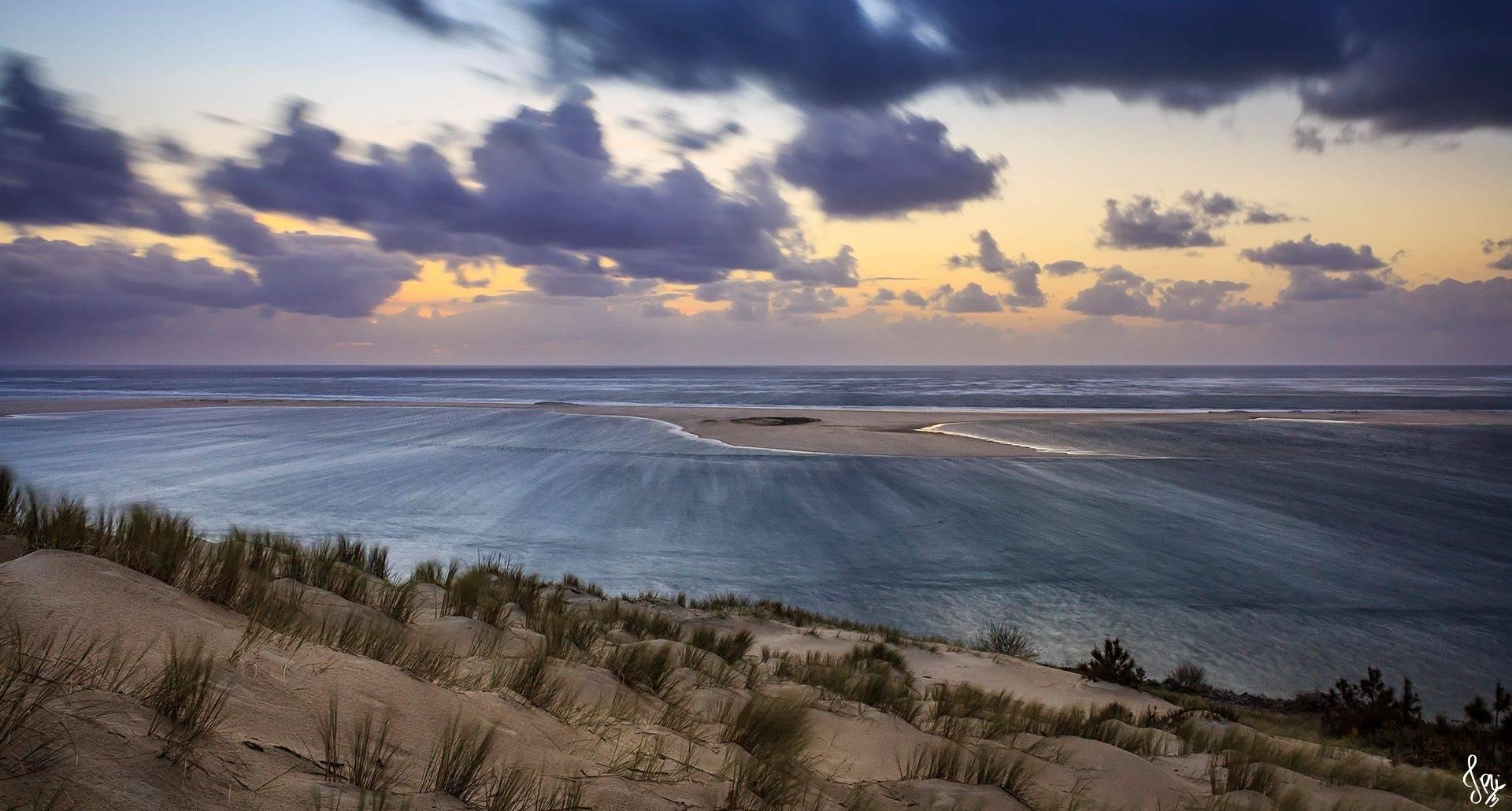 Pose longue du crépuscule sur le Banc d'Arguin depuis la Dune du Pyla