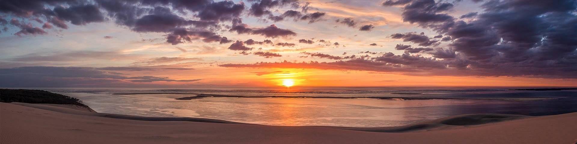 Panorama du plus beau coucher de soleil vu sur la Dune du Pilat