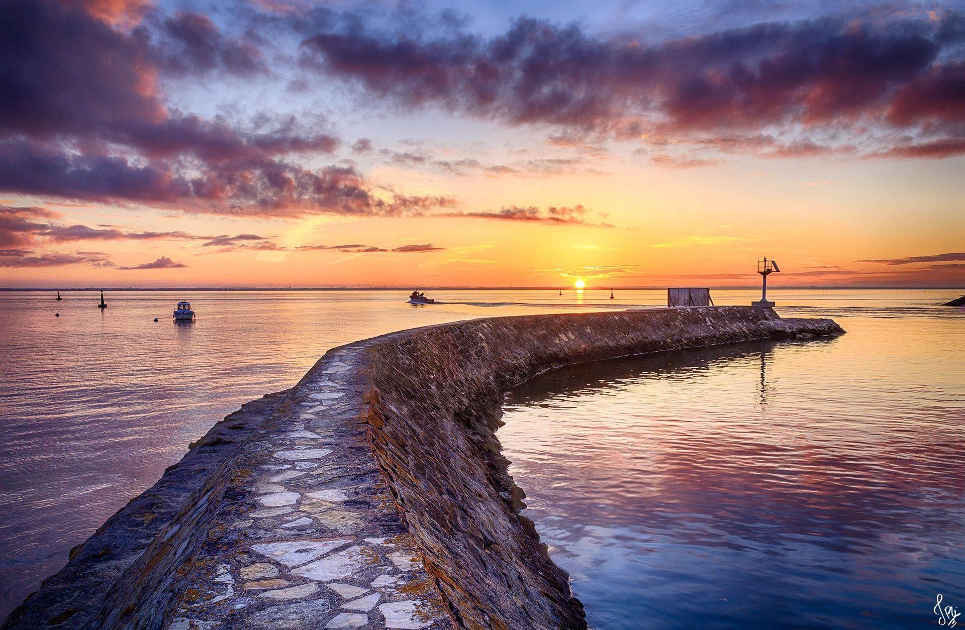 Lever de soleil sur le port d'Arcachon