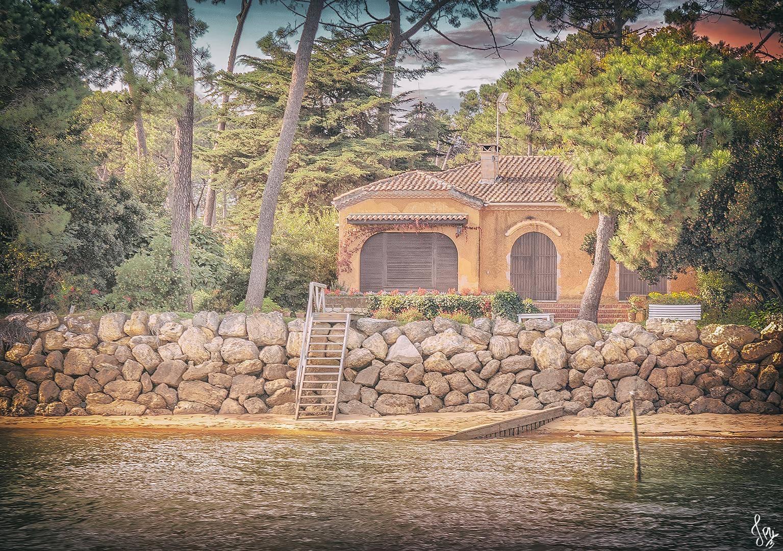 Illustration d'une villa le long de la presqu'île du Cap Ferret